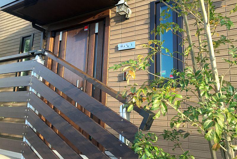 外構工事をハウスメーカーに頼むべきか?