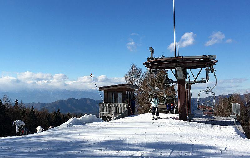 スキー場にノーマルタイヤで行っても大丈夫かな?